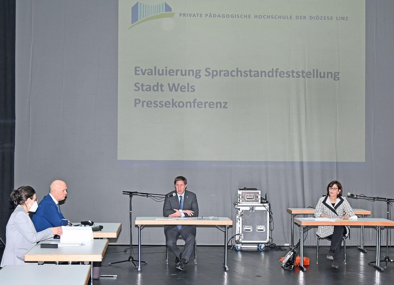 Pressekonferenz Evaluierung Sorachförderung