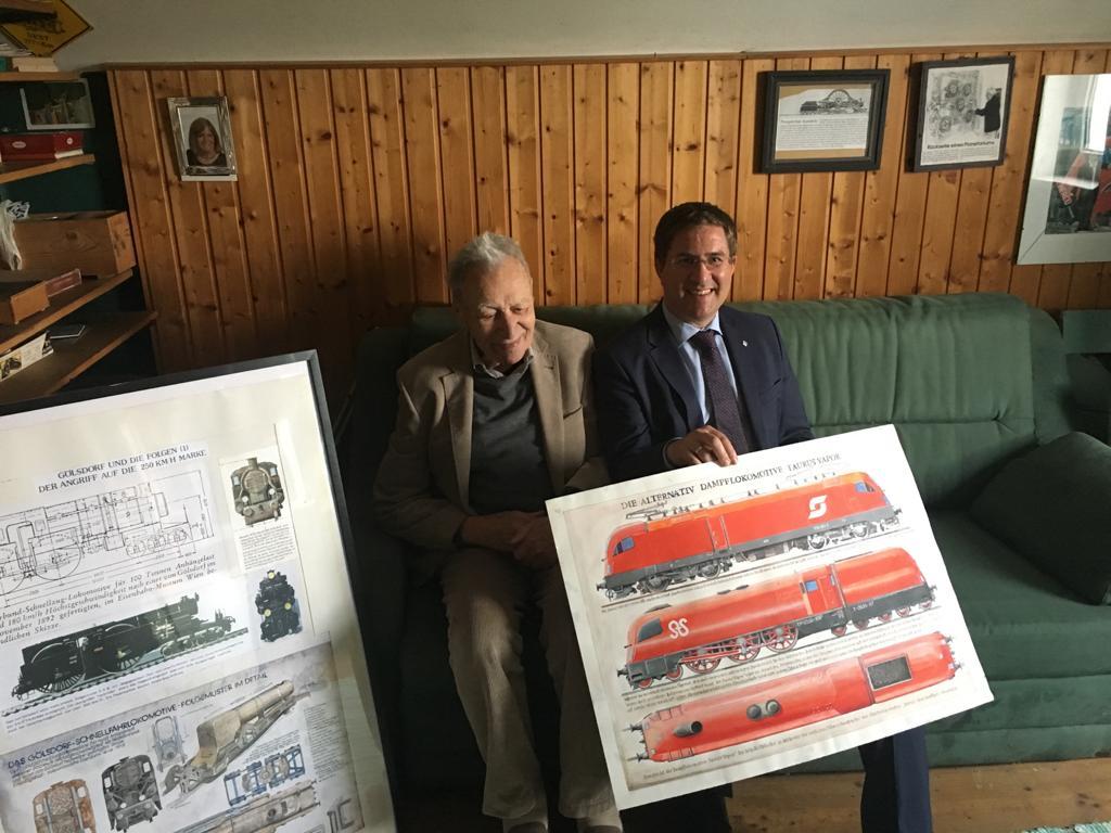 Bürgermeister mit SigiStrasse und 2 seiner Bilder