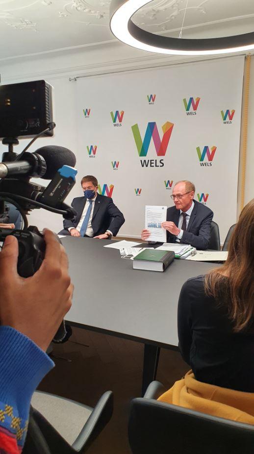 Dr. Rabl und Dr. Barth bei Pressekonferenz